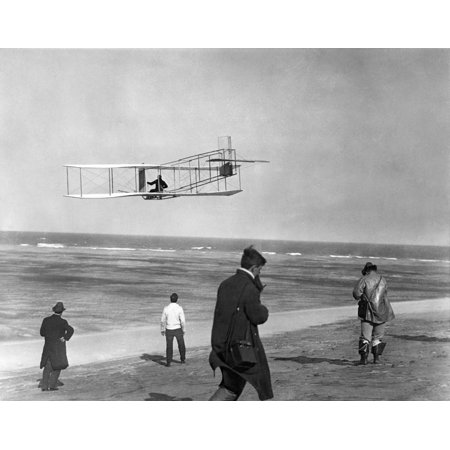 Hawk Glider (1911 One Of The Wright Brothers Flying A Glider And Spectators On Ocean Beach Kill Devil Hills Kitty Hawk North Carolina Usa Rolled Canvas Art - Vintage Images ())