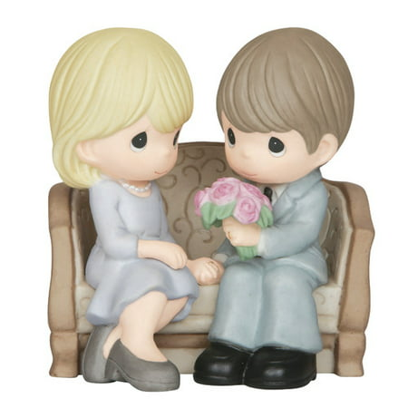Precious Moments, An Everlasting Love, Bisque Porcelain Figurine, (Lladro Re Deco Porcelain Figurine)