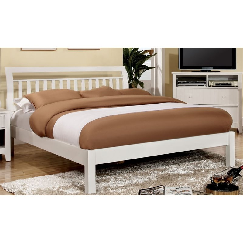 Furniture of America Elena Queen Slat Bed in White