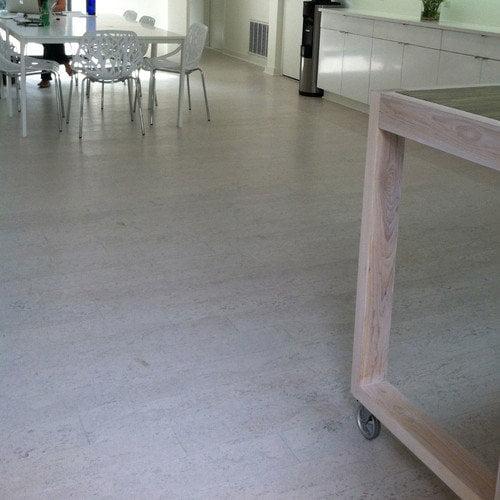Wicanders Corkcomfort 5-1/2'' Engineered Cork Hardwood Flooring in Moonlight