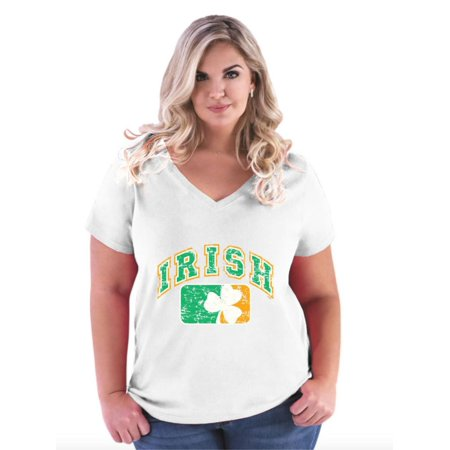 St Patrick's Day Clothes For Women (Vintage Irish Flag Shamrock St. Patricks Day Women's Curvy Plus Size V-Neck)