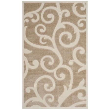 Safavieh Cottage 5 3  X 7 7  Rug In Light Beige And Cream