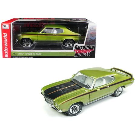 1972 Buick Skylark (1971 Buick Skylark GSX Limemist Green w/ White Interior Limited Edition to 300 pieces 1/18 Diecast Model by Autoworld)