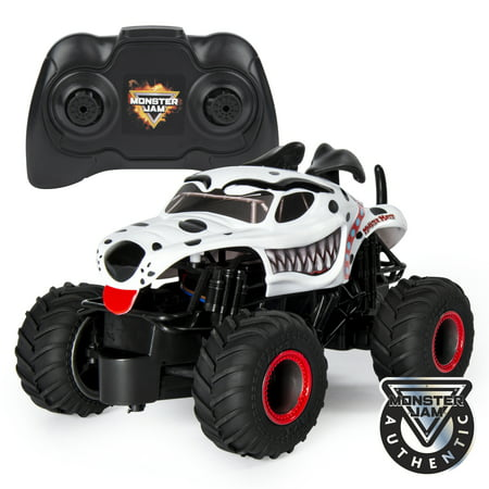 Monster Jam, Official Monster Mutt Dalmatian Remote Control Monster Truck, 1:24 Scale, 2.4 GHz, for Ages 4 and Up ()