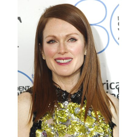 Julianne Moore At Arrivals For 30Th Film Independent Spirit Awards 2015 - Arrivals 1 Santa Monica Beach Santa Monica Ca February 21 2015 Photo By Elizabeth GoodenoughEverett Collection