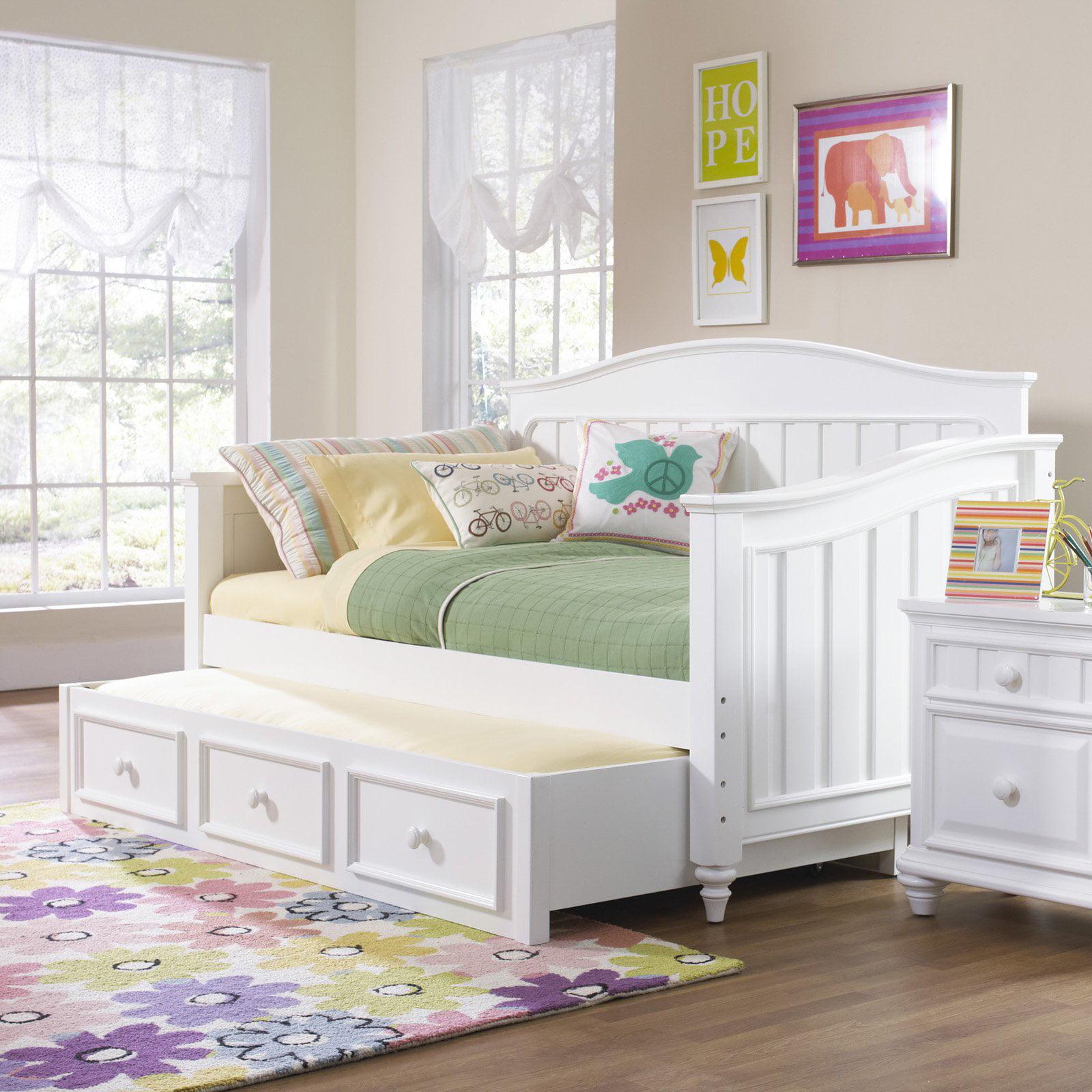 40 Beautiful Teenage Girls Bedroom Designs: SummerTime Daybed