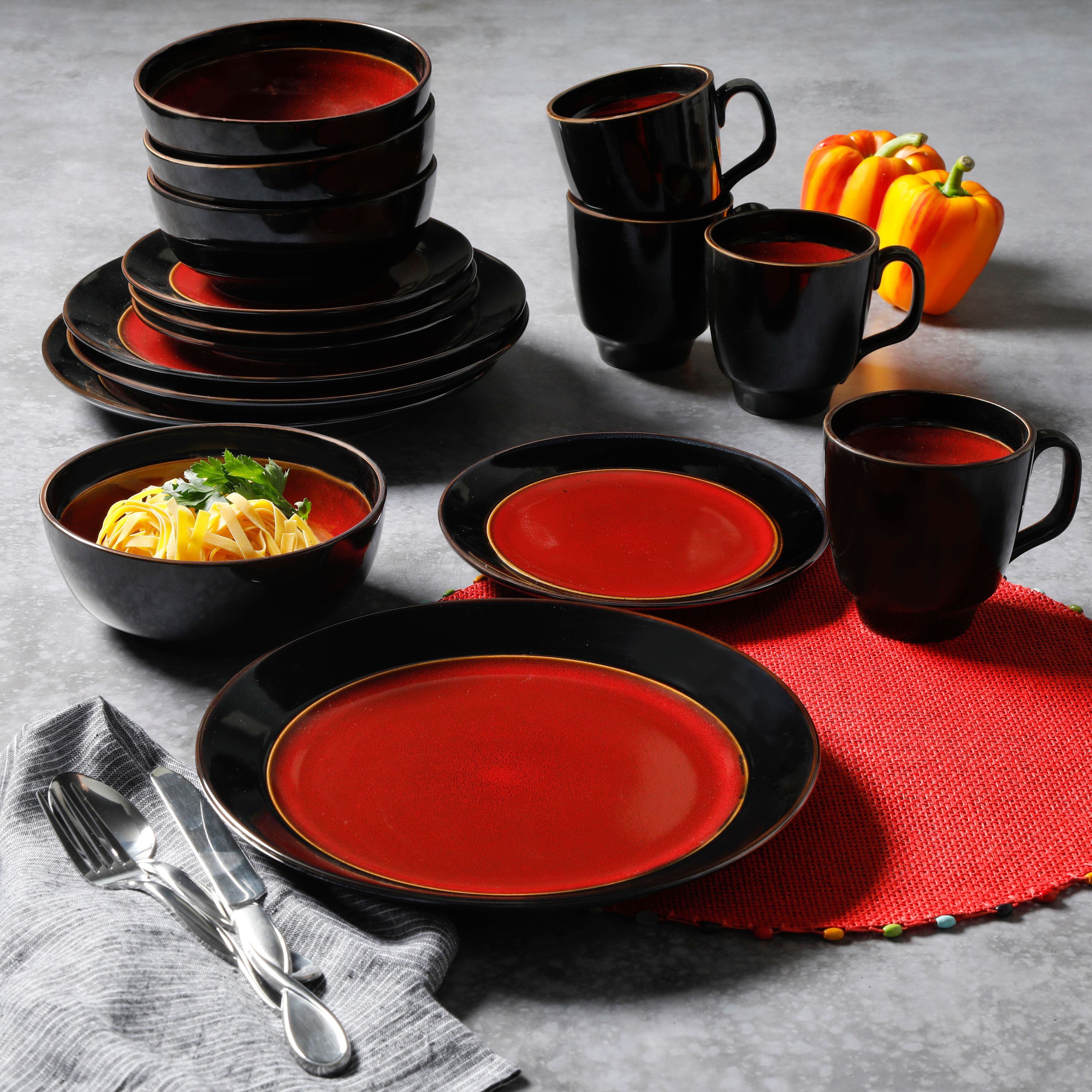 Gibson Studio Villa Mosa 16-Piece Dinnerware Set, Red