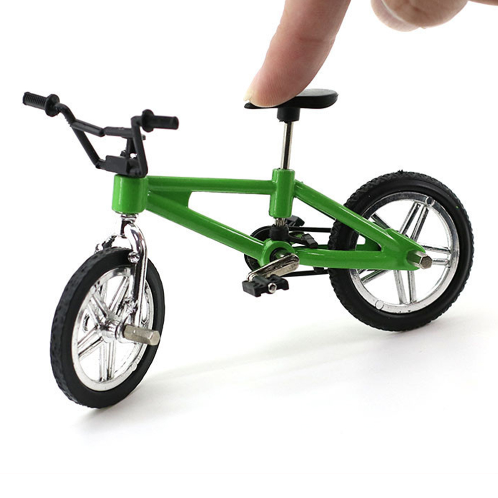 Creative Simulation Mini Alloy Finger Bikes Children Fingerboard Bicycle Toys Gift Funny Style:Green