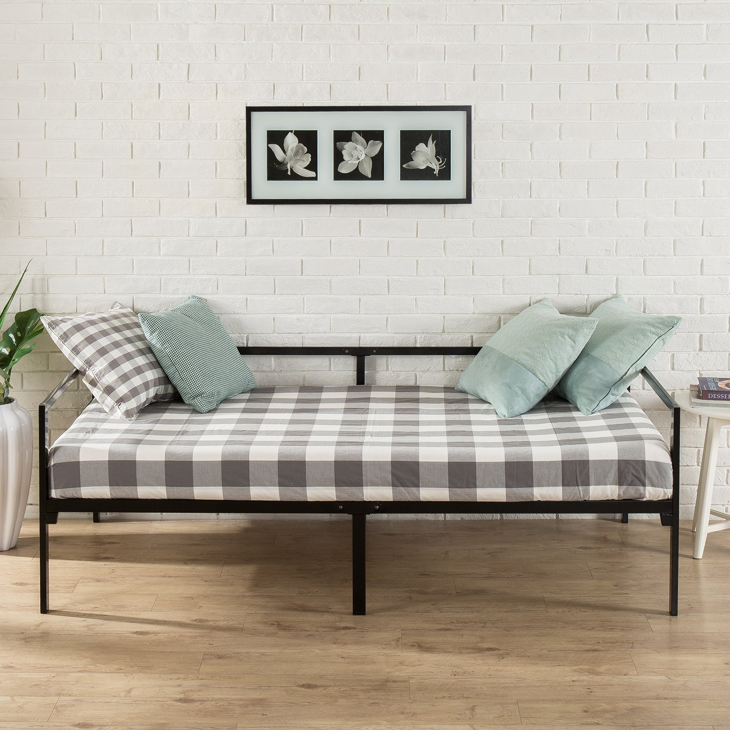 Zinus Quick Lock Twin Daybed with Steel Support