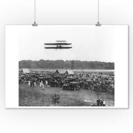 Flight Photo - Orville Wright and Lahm in Record Flight Photograph (9x12 Art Print, Wall Decor Travel Poster)