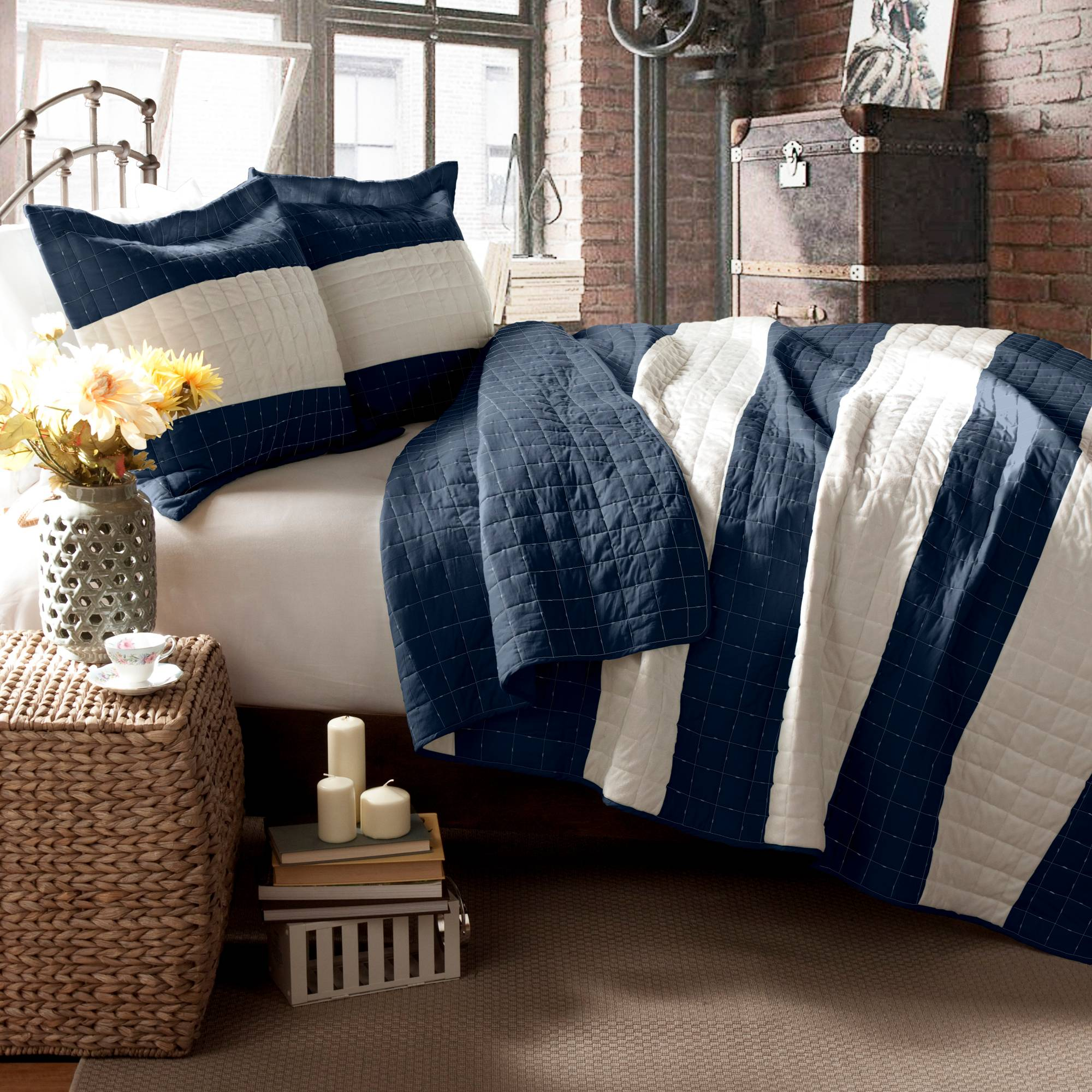 Berlin Stripe Bedding Quilt Set, Navy   Walmart.com