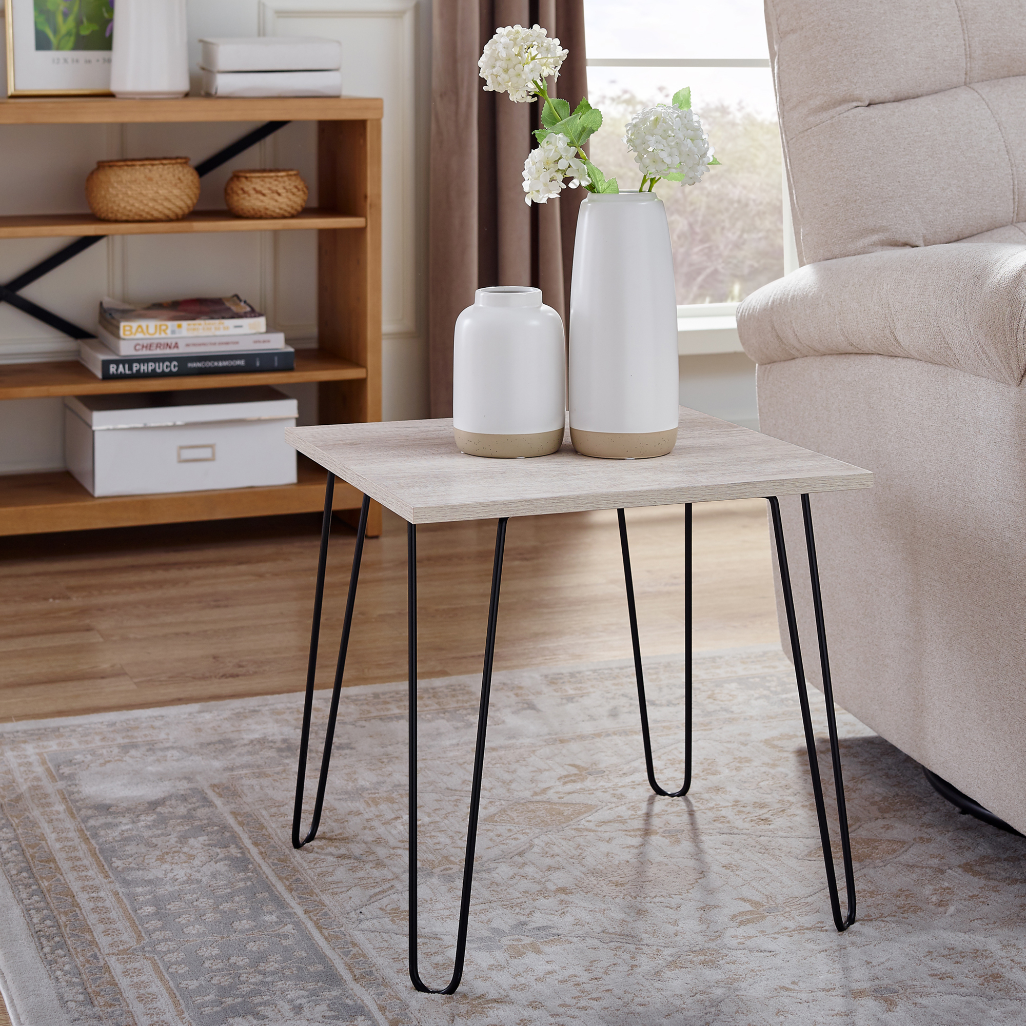 Modern Mid Century Hairpin Leg End Side table Amish Made~ Side Table~ Solid Coffee Oak Wood Table with iron leg Perfect for you living room.