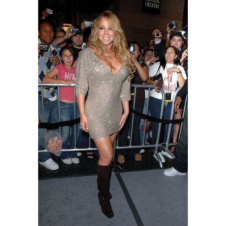Mariah Carey At In-Store Appearance For The Emancipation Of Mimi Ultra Platinum Edition Virgin Megastore Los Angeles Ca November 15 2005 Photo By David LongendykeEverett Collection Celebrity