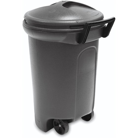 United Solutions TrashMaster 32 Gallon Wheeled Trash Can with Turn ...