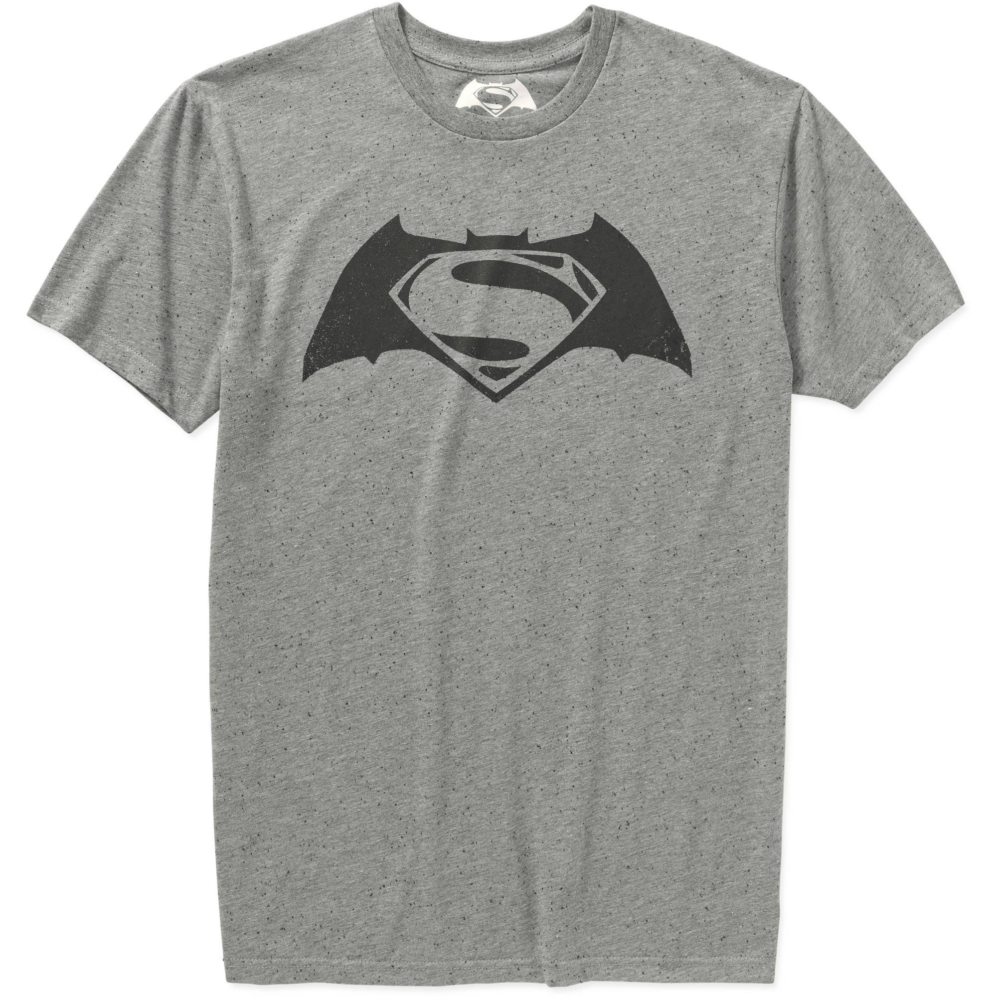Batman vs. Superman Men's Graphic Tee