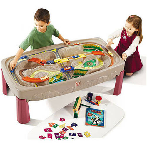 Step2 Deluxe Canyon Road Train and Track Play Table