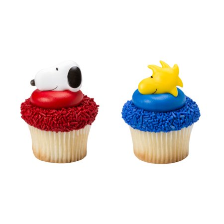 24 Peanuts Snoopy Woodstock  Cupcake Cake Rings Birthday Party Favors Cake Toppers ()