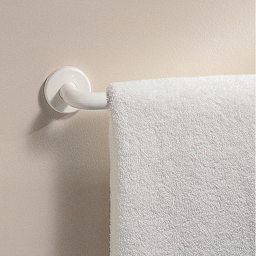 "InterDesign 24"" Towel Bar Carded by INTERDESIGN"