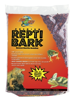 Zoo Med RB-4 Fir Tree Bark Premium ReptiBark Substrate, 5 to 10 gal (4 qt) by ZOO MED LABORATORIES INC
