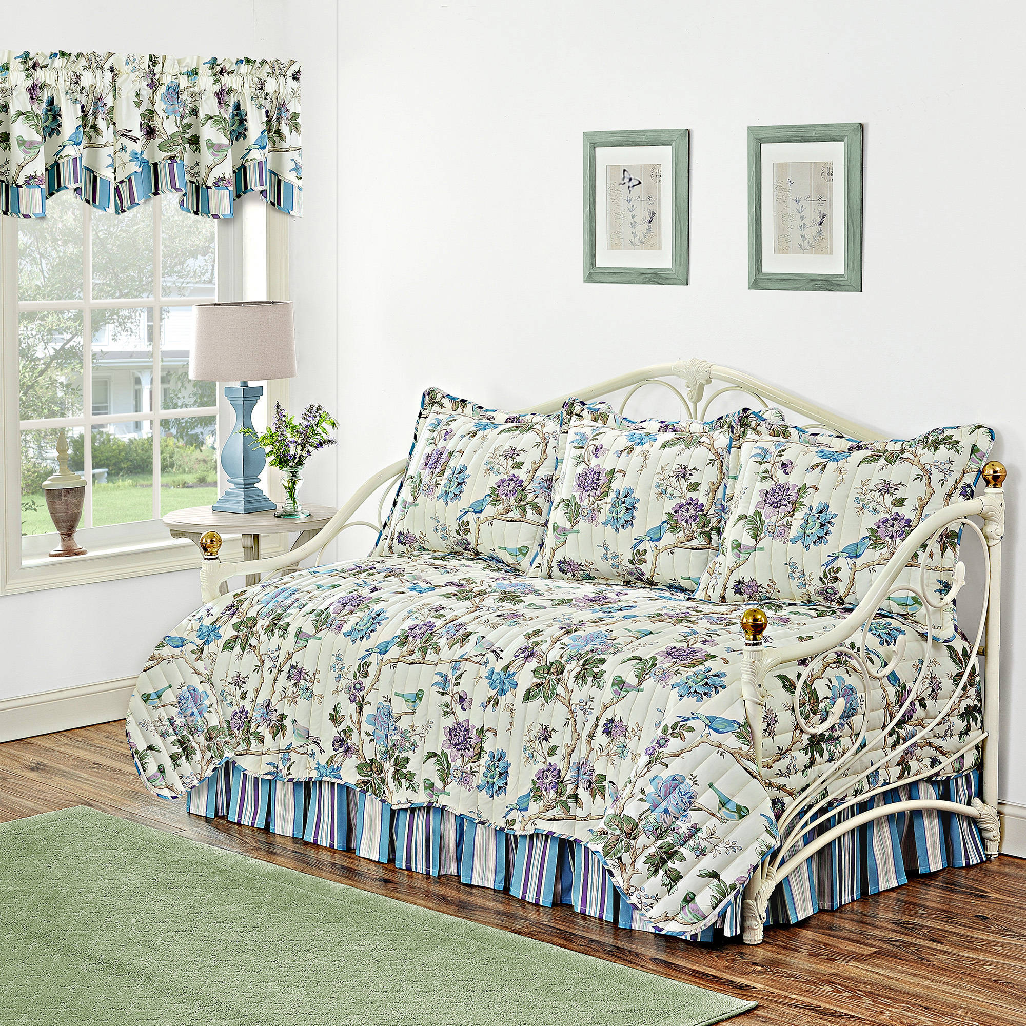 Waverly Charleston Chirp Larkspur Reversible Daybed Quilt Collection