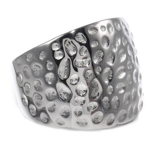 BIG Jewelry Co Stainless Steel Hammered Texture 16mm Ring