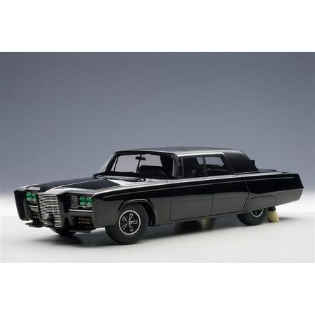 Black Beauty Green Hornet Black TV Series 1/18 Diecast Model Car by Autoart 18 Autoart Diecast Model