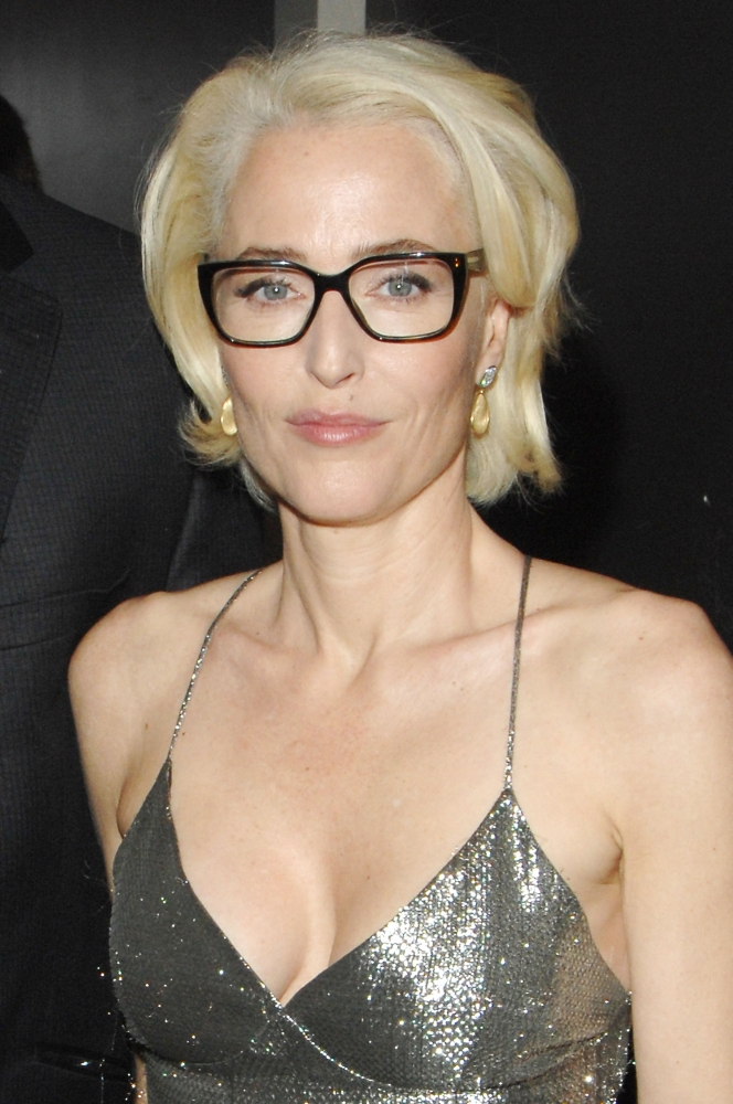 Gillian Anderson At The Induction Ceremony For Star On The ...