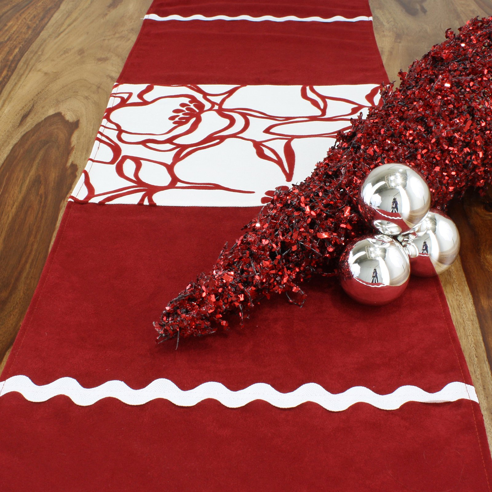 Chooty and Co Passion Suede Cinnabar Joliet Scarlet Table Runner