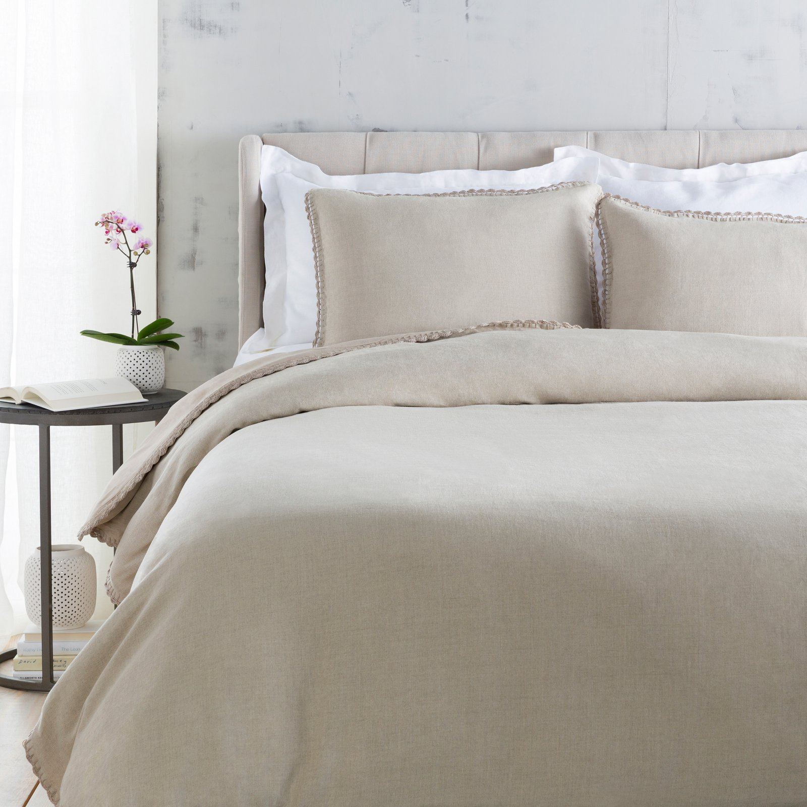 Evelyn 3 Piece Duvet Cover Set by Surya by Surya
