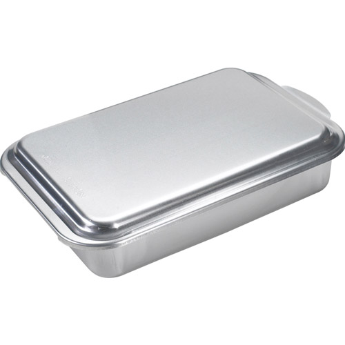 "Nordic Ware 9"" x 13"" Covered Cake Pan by Northland Aluminum Products"