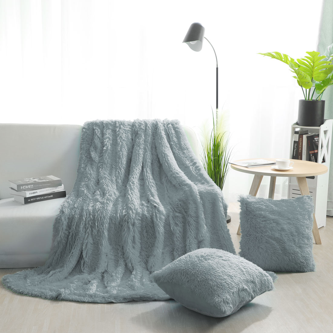 Cosy Warm Solid Faux Fur Throw Blanket w/ 2 Cushion Covers 18x 18'',White