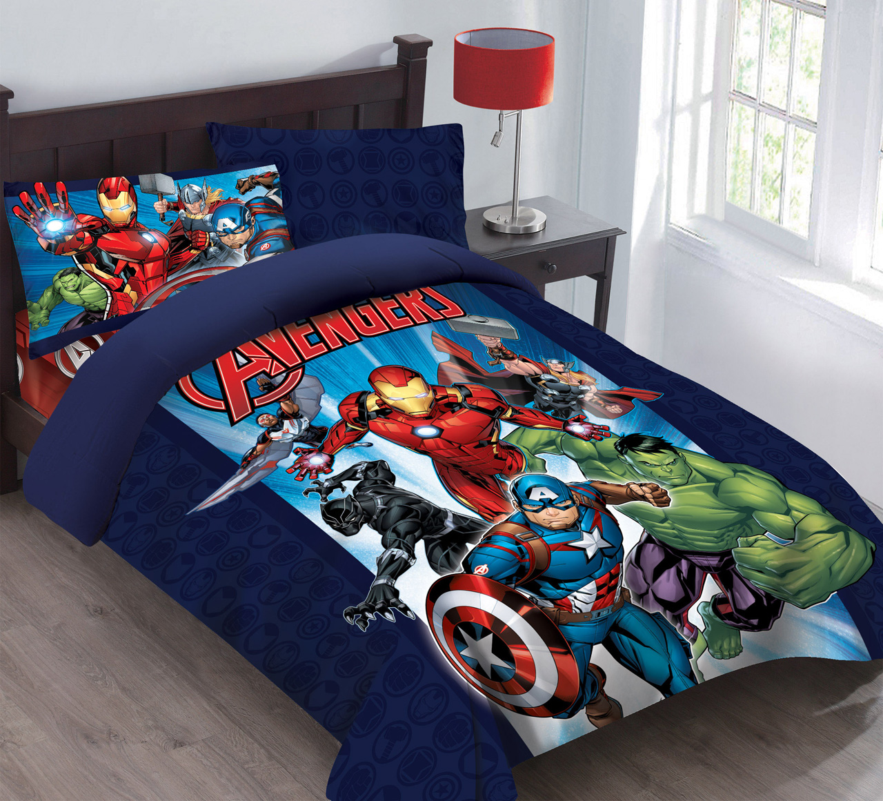 Marvel Avengers Forever Comforter Set with Fitted Sheet