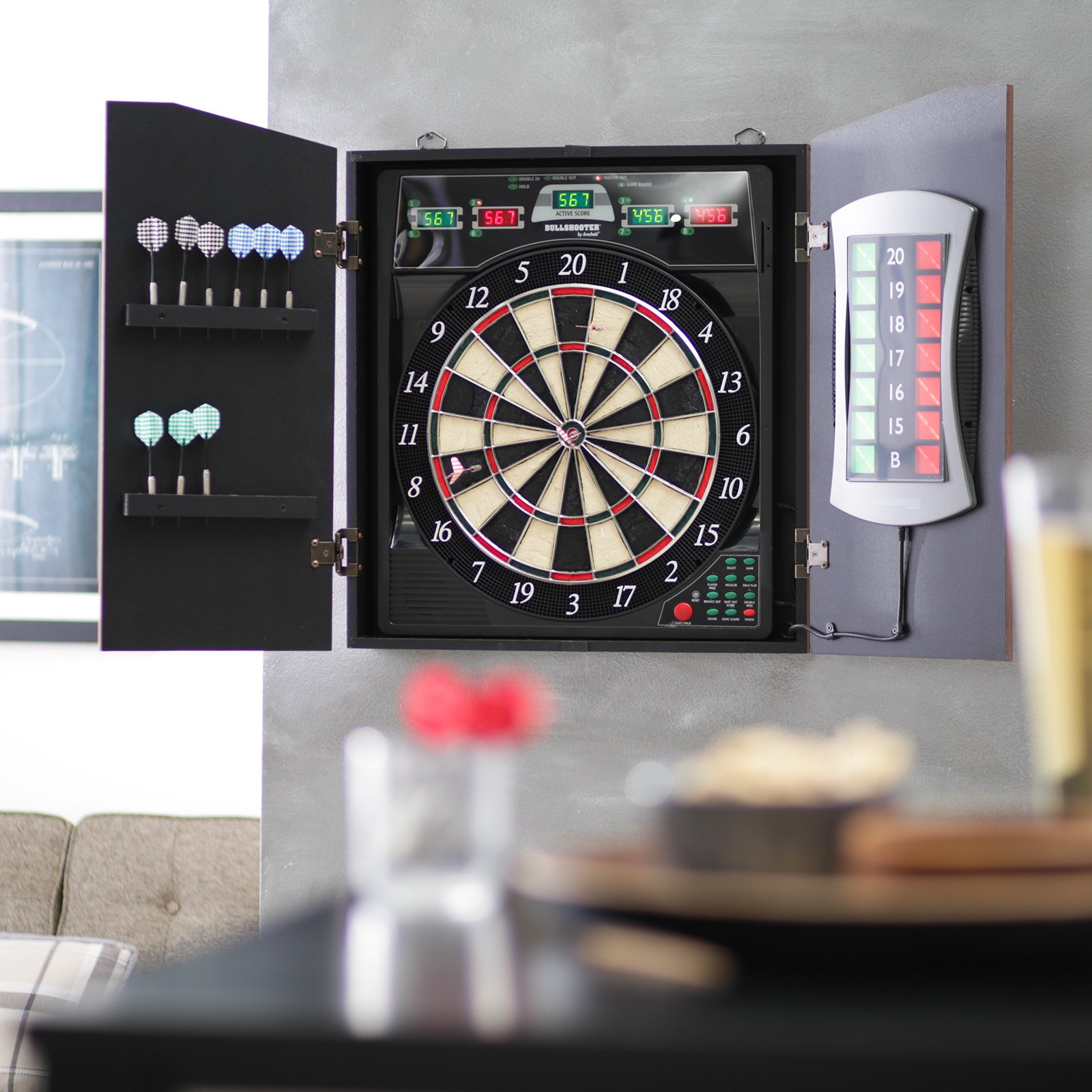 Bullshooter by Arachnid E-Bristle CricketMaxx 5.0 Electronic Dart Board Complete Set