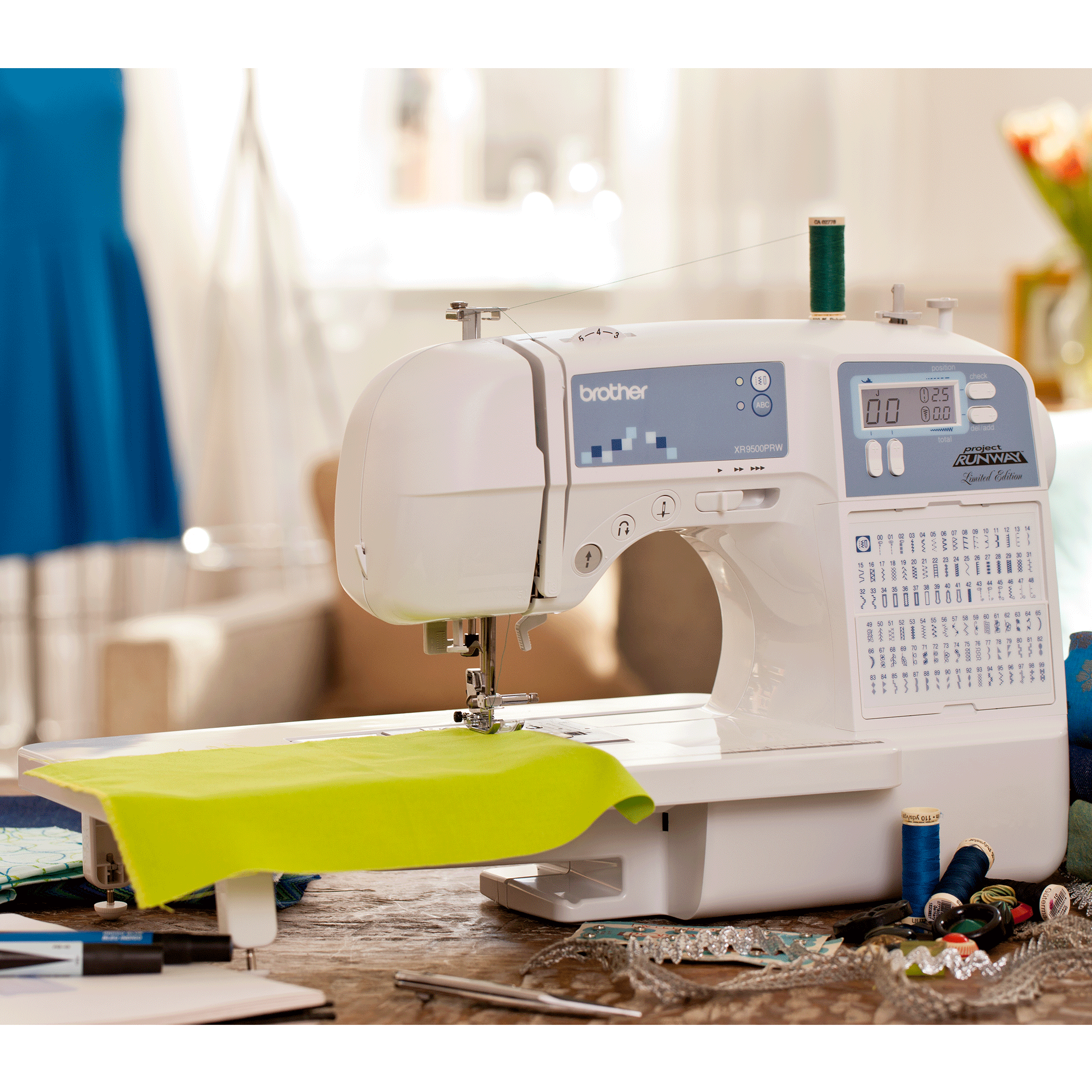 Limited Edition Project Runway Sewing Machine With 100 Built In Stitches And Quilting Table Xr9500prw