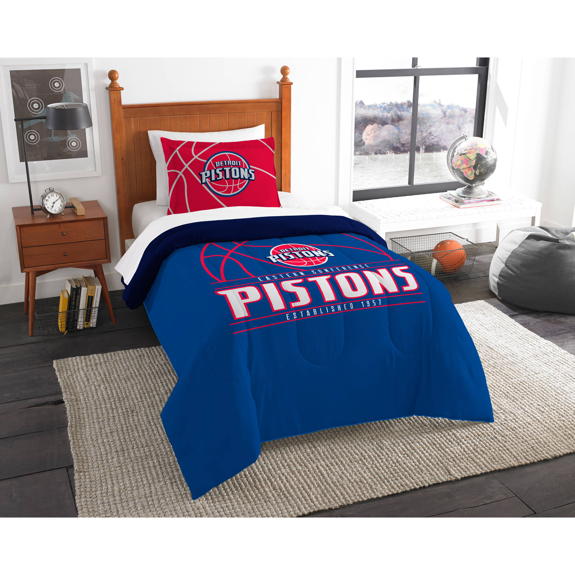 "NBA Detroit Pistons ""Reverse Slam"" Bedding Comforter Set"