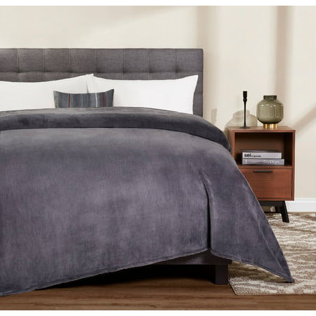 Mainstays Plush Queen Gray Bed Blanket, 1 Each