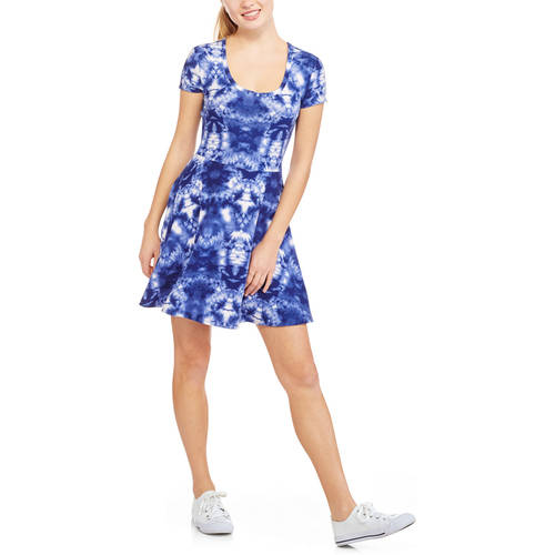 No Boundaries Juniors' Printed Yummy Jersey Fit and Flare Dress