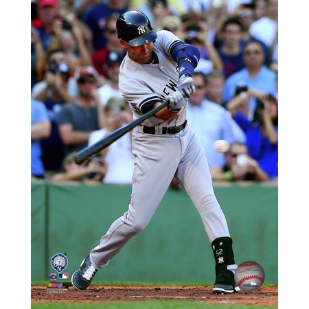Derek Jeter singles in his final at bat- September 28 2014 Photo - Derek Jeter Game Model Bat
