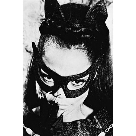 Eartha Kitt As Catwoman Batman Villain With Mask Close Up 24x36 Poster ()