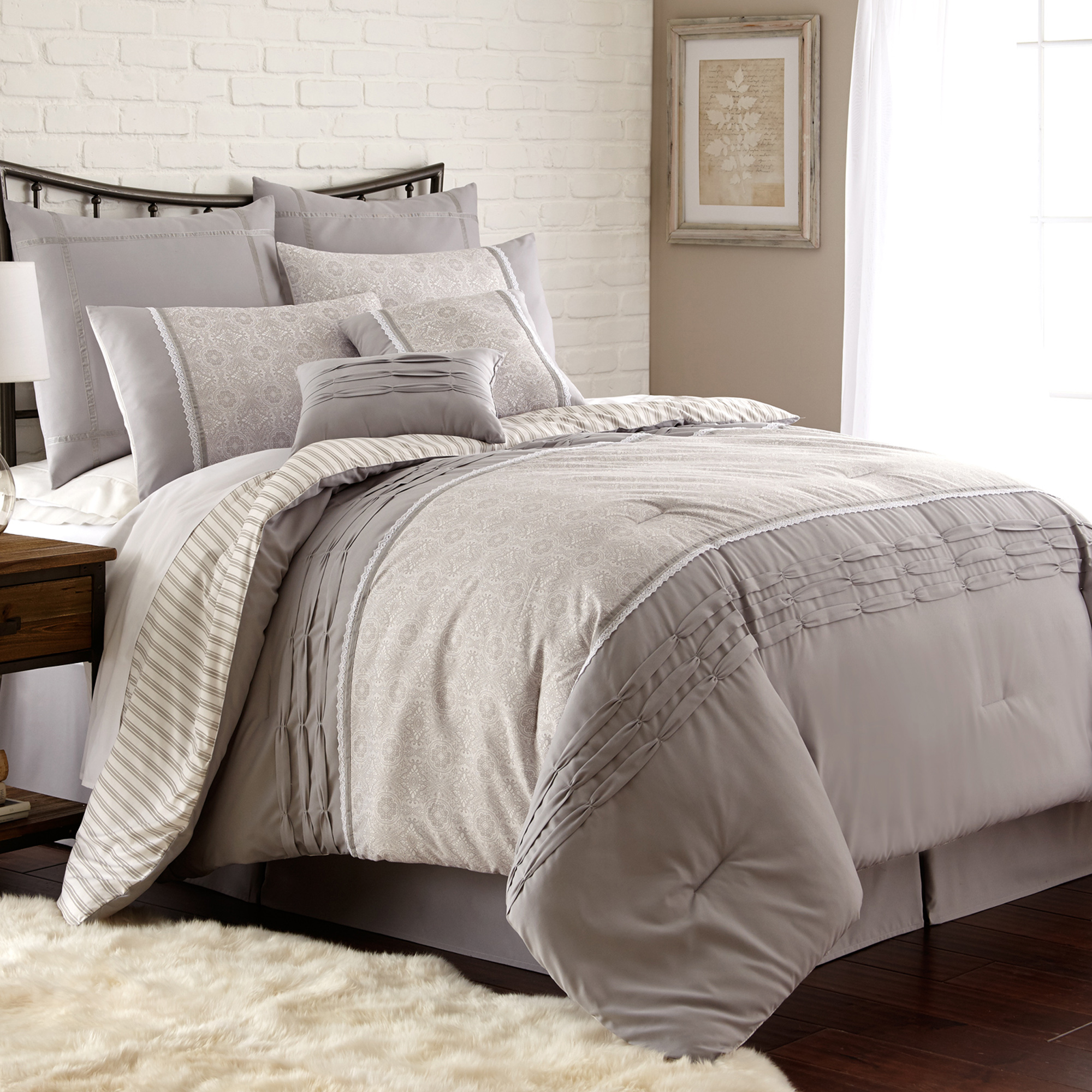 PCT Home Collection 8 pc Printed comforter set Camila King