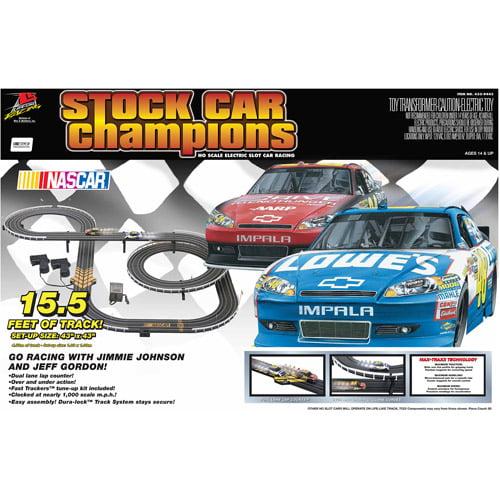 Life-Like NASCAR Stock Car Champions Racing Playset