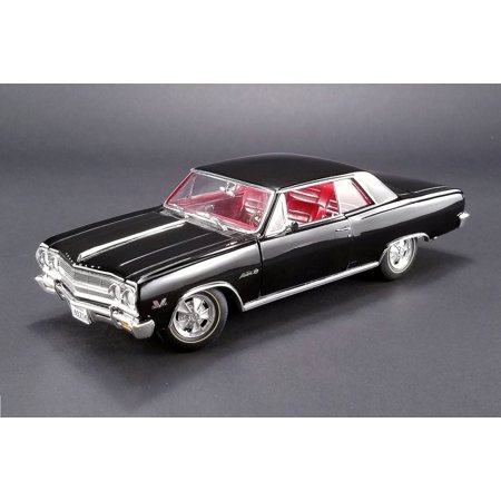 Chevelle Malibu Trunk (1965 Chevy Chevelle Z16 (Malibu SS 396), Black w/ Red Interior - Acme 1805301 - 1/18 Scale Diecast Model Toy)