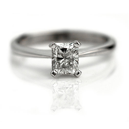 14 Kt White Gold Womens GIA Radiant Cut Diamond Solitaire Bridal Wedding Engagement Ring 0.73 Cttw by