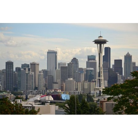 Photo Seattle Sonics Basketball (Laminated Poster Seattle Skyline Washington Emerald City Sonics Poster Print 24 x 36 )