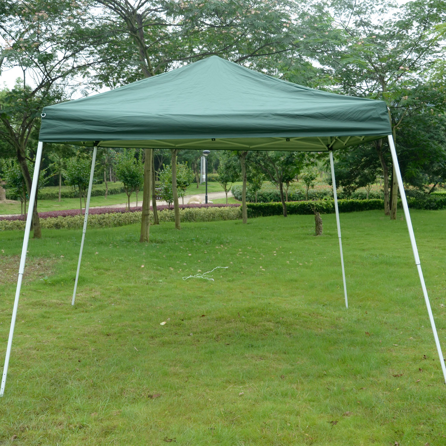 Outsunny 10' x 10' Slant Leg Pop Up Canopy Tent - Green