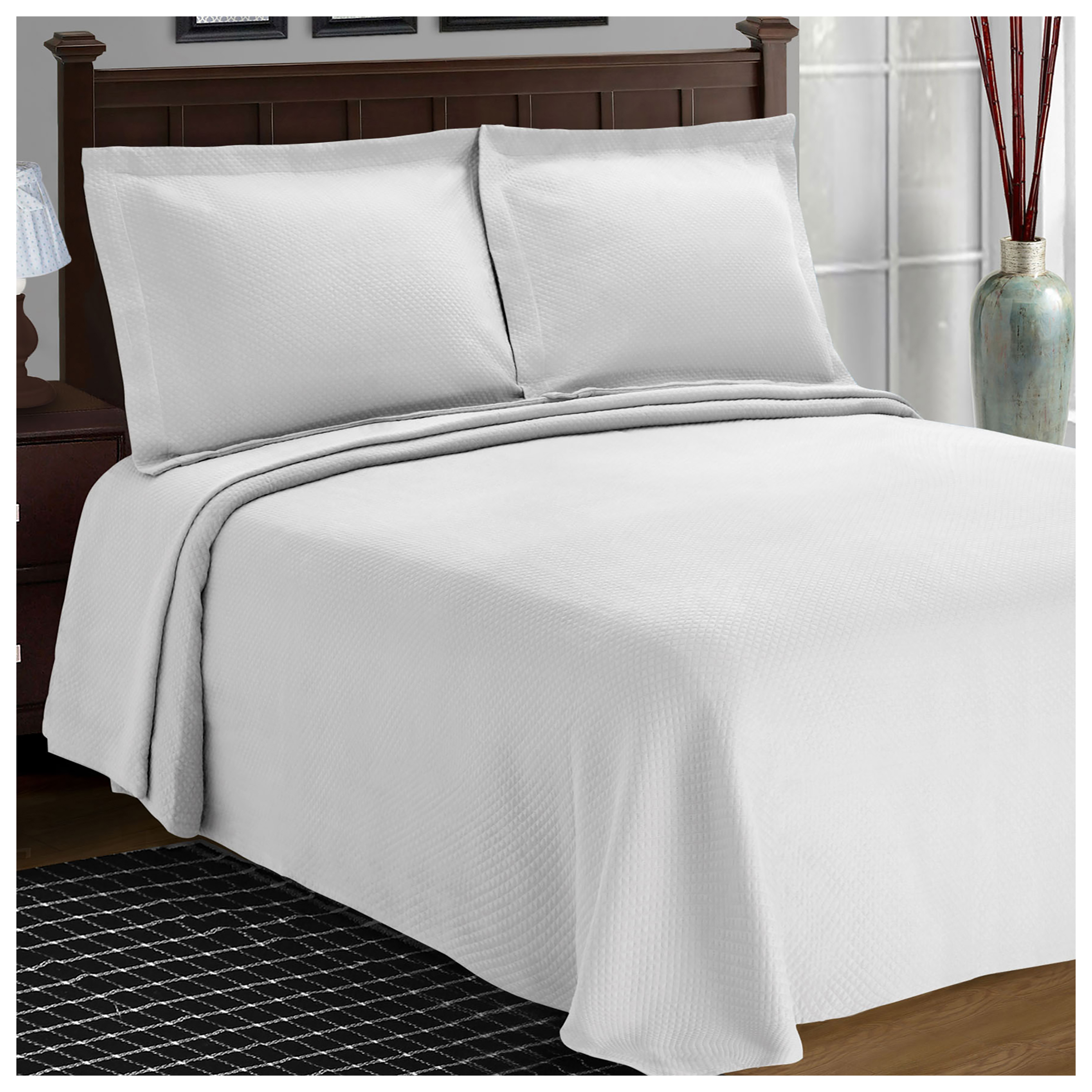 Superior 100 Percent Cotton Solitaire Matelasse Bedspread