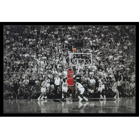 Michael Jordan Last Shot Title Winning Last Shot In Chicago Poster Poster Print (Macy ' In Chicago)