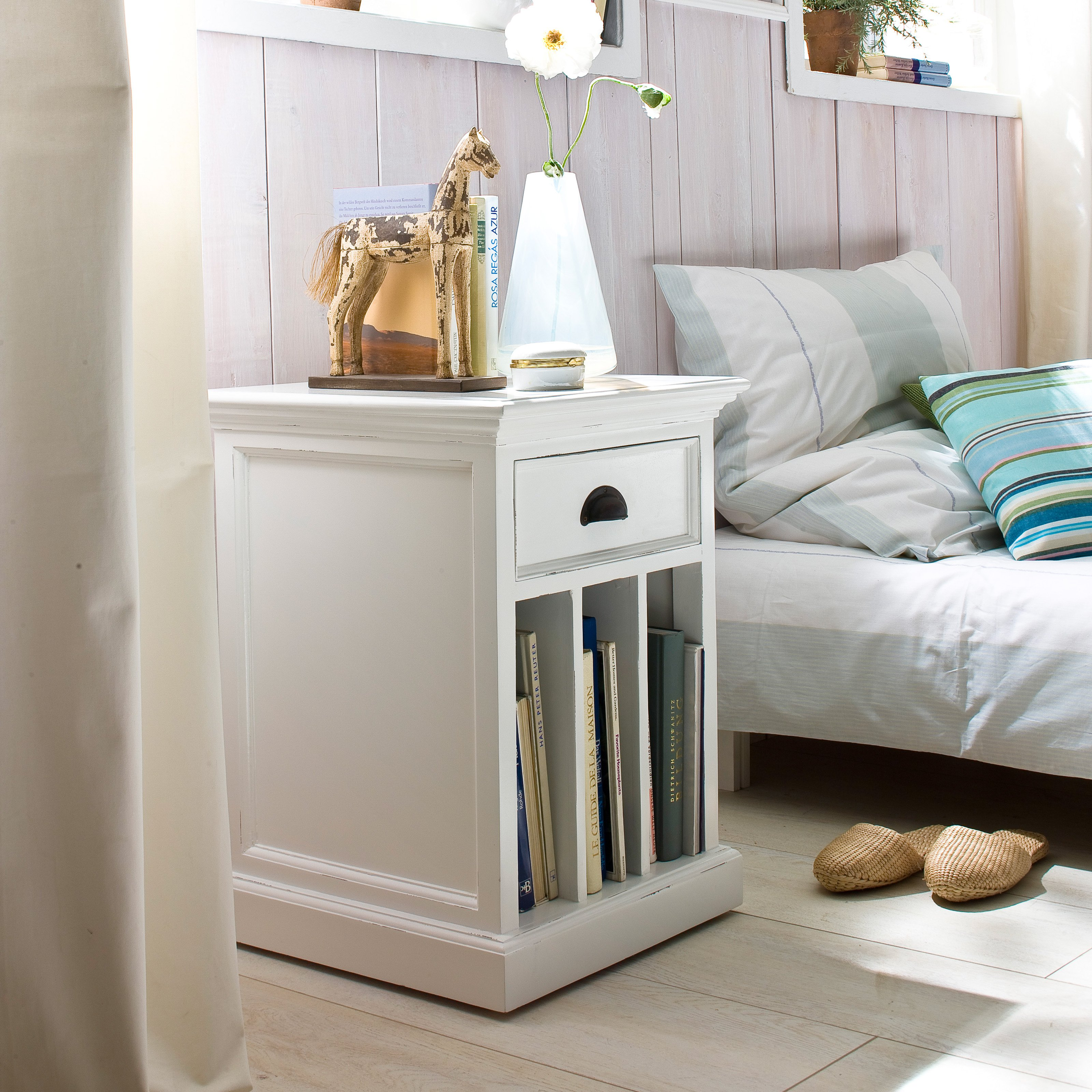 Nova Solo 1 Drawer Nightstand with Dividers