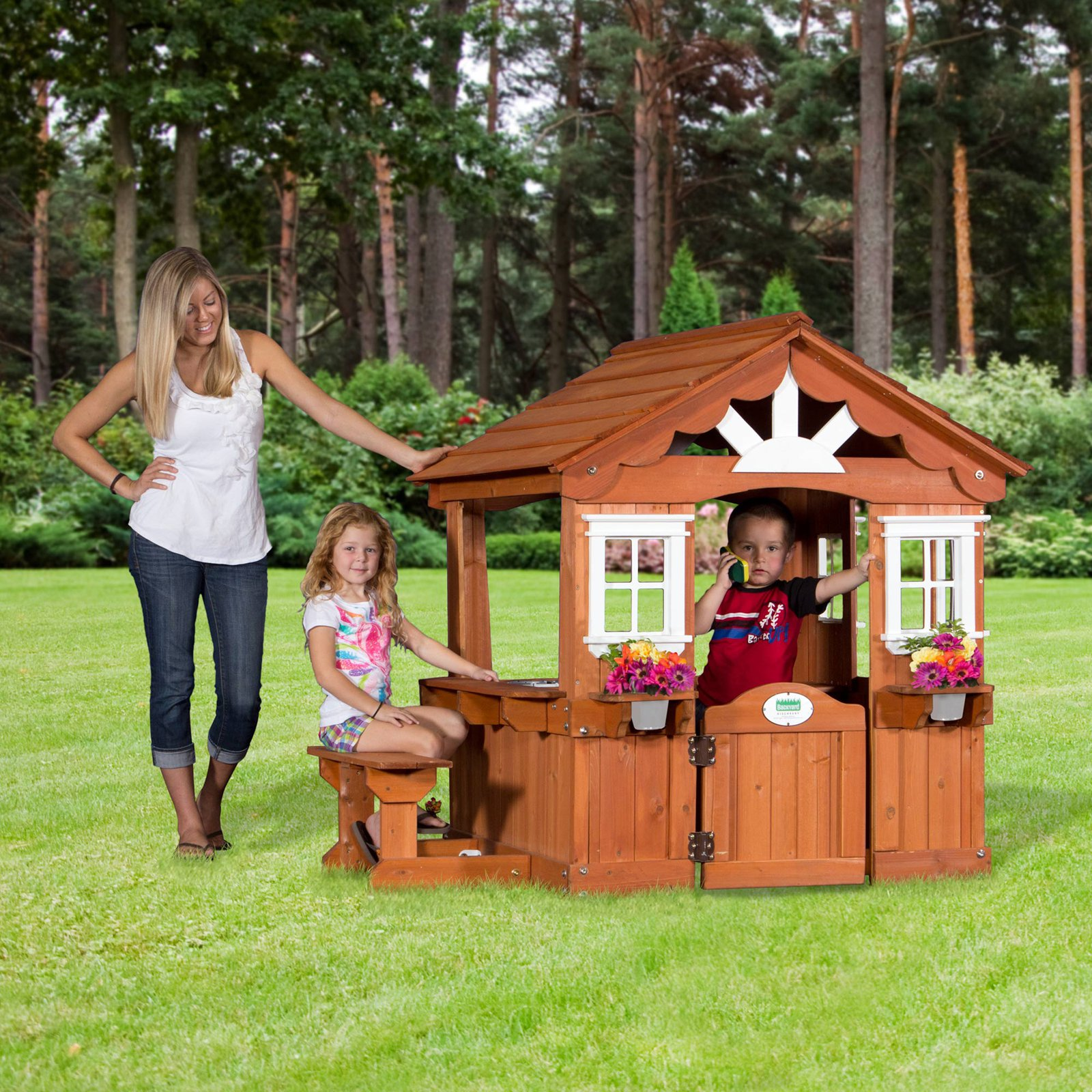 Backyard Discovery Scenic Playhouse by Leisure Time Products