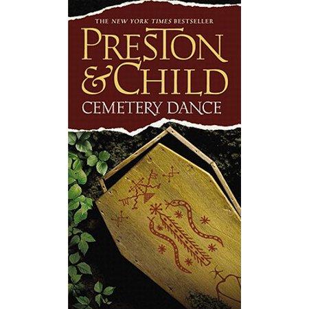 Cemetery Dance - eBook](Cemetery Dance Four Halloweens)